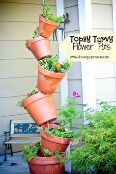 Topsy Turvy Flower Pots #gardening #flowers