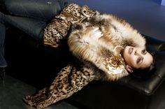 Real Fur 007.jpg 1,000×665 pixels