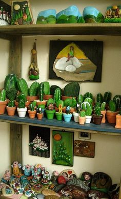 """Easy DIY Stone art cactus plant craft kids can make. A great Summer garden gift idea for Mother""""s Day, GrandMa, or Grauntie on a budget. Easy Diy Mother's Day Gifts, Diy Mothers Day Gifts, Mother's Day Diy, Pebble Painting, Pebble Art, Stone Painting, Painted Rock Cactus, Painted Rocks, Rock Crafts"""