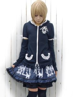 Cat Ear Parka w/ Removable Sleeves Black x White. #punkfashion #Gothic #Deorart See more at: http://www.cdjapan.co.jp/apparel/deorart.html