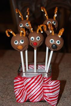 Reindeer Cookie Pops