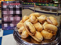 Boteco sanduíche de pernil com abacaxi