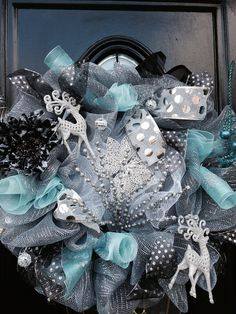 Items similar to Silver Deco Mesh Christmas Wreath on Etsy Wreath Crafts, Diy Wreath, Tulle Wreath, Burlap Wreaths, Wreath Ideas, Door Wreaths, Wreaths And Garlands, Deco Mesh Wreaths, Yarn Wreaths