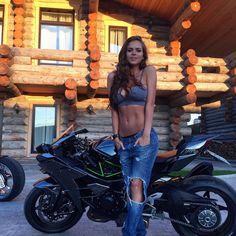 Viktoria Odintsova, a modelo que Alonso trocou pela 'ex' de Rossi | Motorcycle Sports