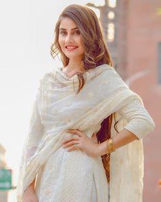 Women S Fashion Cowboy Boots Cheap Key: 5207166539 Stylish Dresses, Simple Dresses, Fashion Dresses, Beautiful Dresses, Beautiful Women, Stylish Girls Photos, Stylish Girl Pic, Punjabi Girls, Punjabi Suits