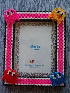 Photo frame Pacman hama beads by vanesuki2010 - pelillosuki Cute idea. Think I could make it even better.
