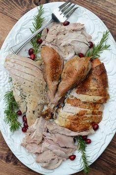 Herb Roasted Turkey ~ http://www.fromvalerieskitchen.com