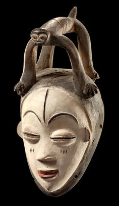 "Africa | Mask ""okuyi"" from the Punu people of Gabon 