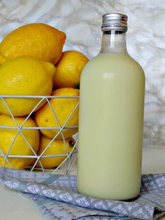 I love my neighbors. The other night I was home alone while my husband was out at a dinner with colleagues. It was super cold outside so I was snuggled up with our 40 kilo labrador, who really thin… Creamy Limoncello Recipe, Making Limoncello, Cocktail And Mocktail, Cocktails, Party Drinks, Lemon Cello Recipe, After Dinner Drinks, Smoothie Drinks, Smoothies