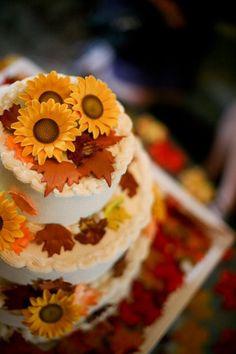 64 Awesome Fall Wedding Cakes   Weddingomania