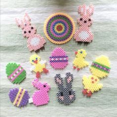 Easter eggs hama beads by livresetmerveilles Pearler Bead Patterns, Perler Patterns, Pearler Beads, Fuse Beads, Bunny Crafts, Easter Crafts, Hama Beads Design, Melting Beads, Easter Crochet