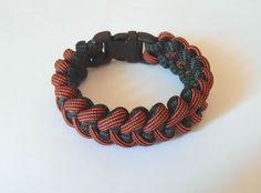 NEW ITEM!!! #lifesavingbracelets #etsy #survivalbracelets Survival bracelet Sharktooth with 1/2'' plastic buckle by LifesavingBracelets on Etsy