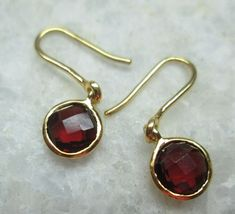 Check out this item in my Etsy shop https://www.etsy.com/listing/231169299/sparkling-blood-red-garnet-gemstone