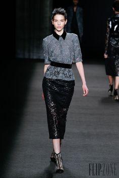 Monique Lhuillier Outono-Inverno 2014-2015 - Prêt-à-porter - http://pt.flip-zone.com/fashion/ready-to-wear/fashion-houses-42/monique-lhuillier-4533