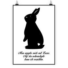 Poster DIN A2 Kaninchen Hase aus Papier 160 Gramm  weiß - Das Original von Mr. & Mrs. Panda.  Jedes wunderschöne Poster aus dem Hause Mr. & Mrs. Panda ist mit Liebe handgezeichnet und entworfen. Wir liefern es sicher und schnell im Format DIN A2 zu dir nach Hause.    Über unser Motiv Kaninchen Hase  Die Nagetiere sind bei Kindern wegen ihrer Größe, wegen dem flauschigen Fell und ihrem ruhigen Gemüt sehr beliebt. Kinder lieben es, sich um den kleinen Fellknäuel zu kümmern, sie mit frischem…