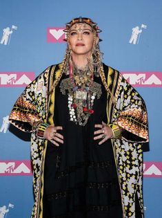 Madonna Tattoo, New Years Eve Party, Dresses, Fun, Kids, Fashion, Celebs, Musica, Singers