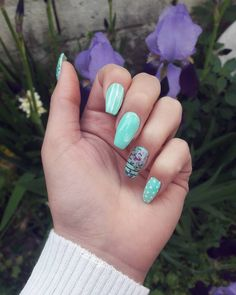 Spring // flowers // cute nail art