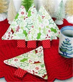 Christmas table tree coaster, cute cotton cloth christmas tree cup mat #Christmas #table #coaster www.loveitsomuch.com
