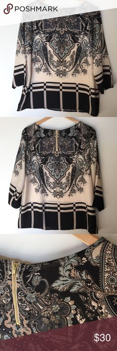 "Adrianna Papell top This is a lovely Adrianna Papell top in gently worn condition. Size large. It is made from 100% polyester. Sleeves are 3/4 length . Approximate length is 25.5"" and approximate chest measurement is 21.5"". Adrianna Papell Tops Blouses"