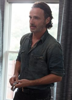 Rick Grimes 6x10 'The Next World' See https://bestonlinedealsnow.myshopify.com/collections/the-walking-dead