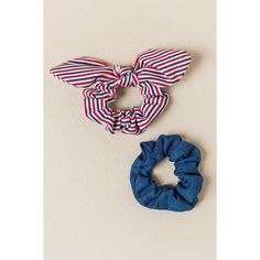 Zoe 2 Pack Striped Scrunchie Hair Ties - Light Blue ($6.98) ❤ liked on Polyvore featuring accessories, hair accessories, light blue, ponytail hair ties, bow hair accessories, bow hair ties, scrunchie hair tie and scrunchie hair accessories