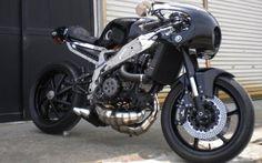 Yamaha TZR250 cafe racer