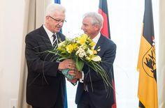 Ende der Freundlichkeiten – wenige Wochen nach der Wahl von Winfried Kretschmann zum Ministerpräsidenten macht der Koalitionspartner CDU, in gestalt von Thomas Strobl, zum ersten mal Druck. Foto: dpa