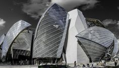 Fondation Louis Vuitton, futurisme et élégance