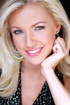 Miss Tennessee 2005 - Tara Burns - Miss Music City - Miss America Non-Finalist Talent Award