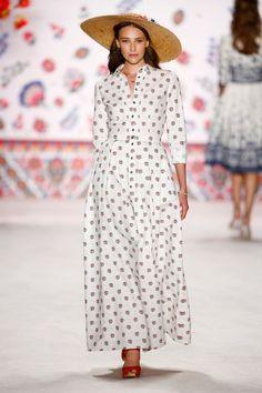 Pin for Later: Entdeckt alle Trends der Berlin Fashion Week in nur 5 Minuten Tag 1: Lena Hoschek