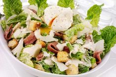 Cómo preparar aderezos y vinagretas para ensaladas   Cocina Vital Flan, Deli, Cobb Salad, Salad Recipes, Potato Salad, Veggies, Potatoes, Cooking, Ethnic Recipes