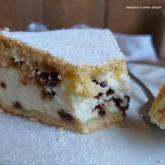 TORTA DI FROLLA RIPIENA ricotta e cioccolato Cheesecake Desserts, Mini Desserts, Burritos, Cannoli, Sweet Cakes, Biscotti, Cake Cookies, Queso, Sweet Recipes