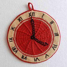 Ravelry: Premium Vintage Potholders: Set 2 pattern by Maggie Weldon.   crochet.   clock