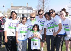 West Haven, CT was well represented at the event. Jacinta Victoria (252), Divya Burugu (254), Priyanka Theophilus (276) gather with friends, family and Dr. Eva Sapi before the Race.