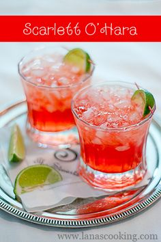 Scarlett O'Hara Cocktail: Southern Comfort, Cranberry Juice and Lime