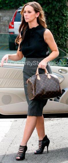 Jennifer Love Hewitt wearing L.A.M.B.