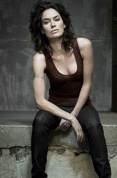 300 Reasons to be a Lenaholic (Random order) Female Actresses, English Actresses, British Actresses, Actors & Actresses, Lena Headey, Game Of Thrones, Cersei Lannister, Daenerys Targaryen, Star Wars