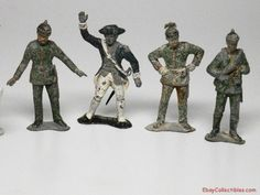 WWII Painted Metal Military Toy Soldiers Painted Metal, Toy Soldiers, Old Toys, Metallic Paint, Wwii, Military, Usa, Best Deals, Beauty