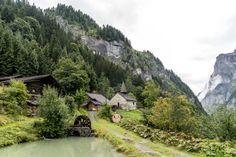 St. Martin Calfeisental Mountains, House Styles, Nature, Travel, Switzerland Destinations, Human Settlement, Road Trip Destinations, Viajes, Tips