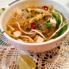 Thai Recipes, Healthy Recipes, Healthy Foods, Pho, Tofu, Ramen, Dairy Free, Food And Drink, Healthy Eating