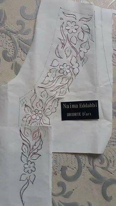 Broderie Simple, Hand Embroidery Design Patterns, Motifs Perler, Button Crafts, Sketch Design, Paper Design, Stencils, Stitch, Drawings