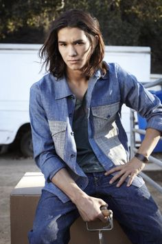 Booboo Stewart for Skylar. Best friend of Kaitlyn Burley, descendant of Killian, King of the Lycans. PART LYCAN, HUMAN. ALIVE.