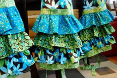These are so pretty!  DIY Ruffled Apron from mykitchenescapades.com