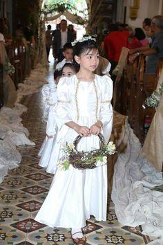 December 2015 #themedwedding #wedding #rusticwedding #vikings #vikingsph #vikingswedding #masonjar #cakecastle #burlap #champagnedress #weddingph #philippinewedding