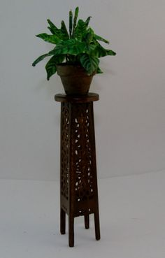 Wood planter 1/12th, OOAK   INTRODUCTORY PRICE$15.00 (plant not included)