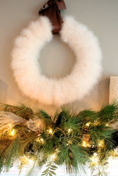 feather boa wreath  very pretty