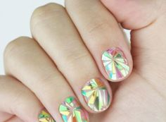 Shattered Glass Nails www.chelseaqueen.com