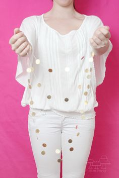 Gold+dot+mini+garland+by+NiceParty+on+Etsy,+€8.00