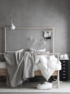 GJÖRA Okvir kreveta, breza - Niži kraj može da ti bude uzlavlje ili obrnuto. Mekim i laganim tkaninama, možeš da pregradiš sobu, a možeš i da ga postaviš da stoji samostalno na sredini sobe.