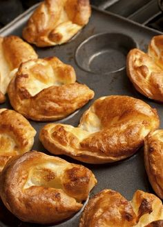 Low FODMAP Recipe and Gluten Free Recipe - Yorkshire puddings - http://www.ibs-health.com/gluten_free_yorkshire_pudding.html